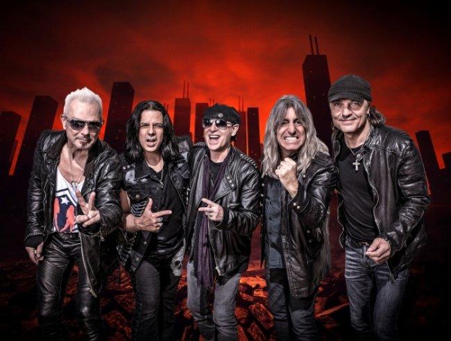 """Scorpions: """"Мы возвращаемся в Россию с любовью!"""" Свежее интервью группы перед концертом в Петербурге"""